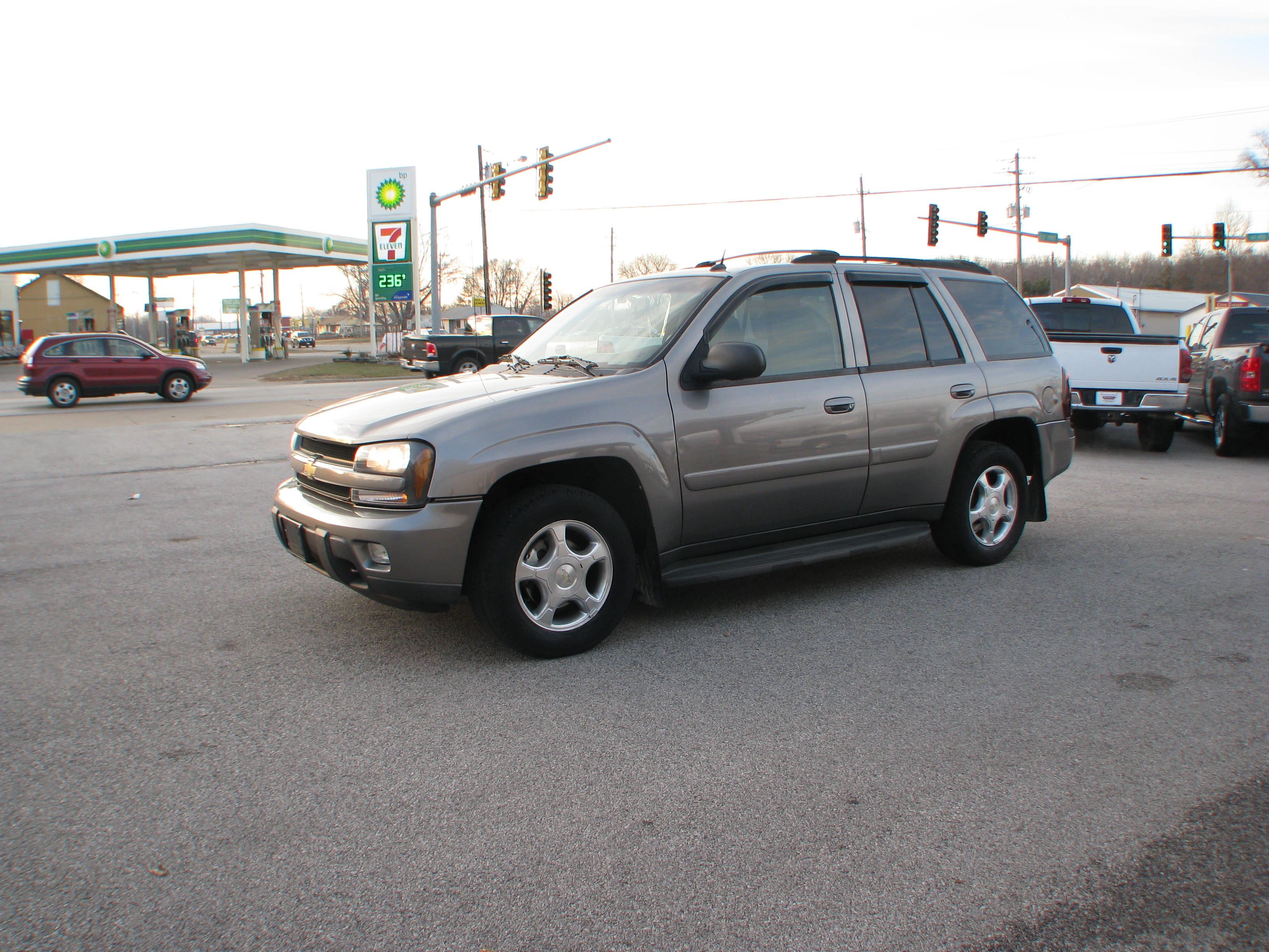 Pre Owned 2005 Chevrolet Trailblazer 4d SUV 4WD LT Sport Utility in