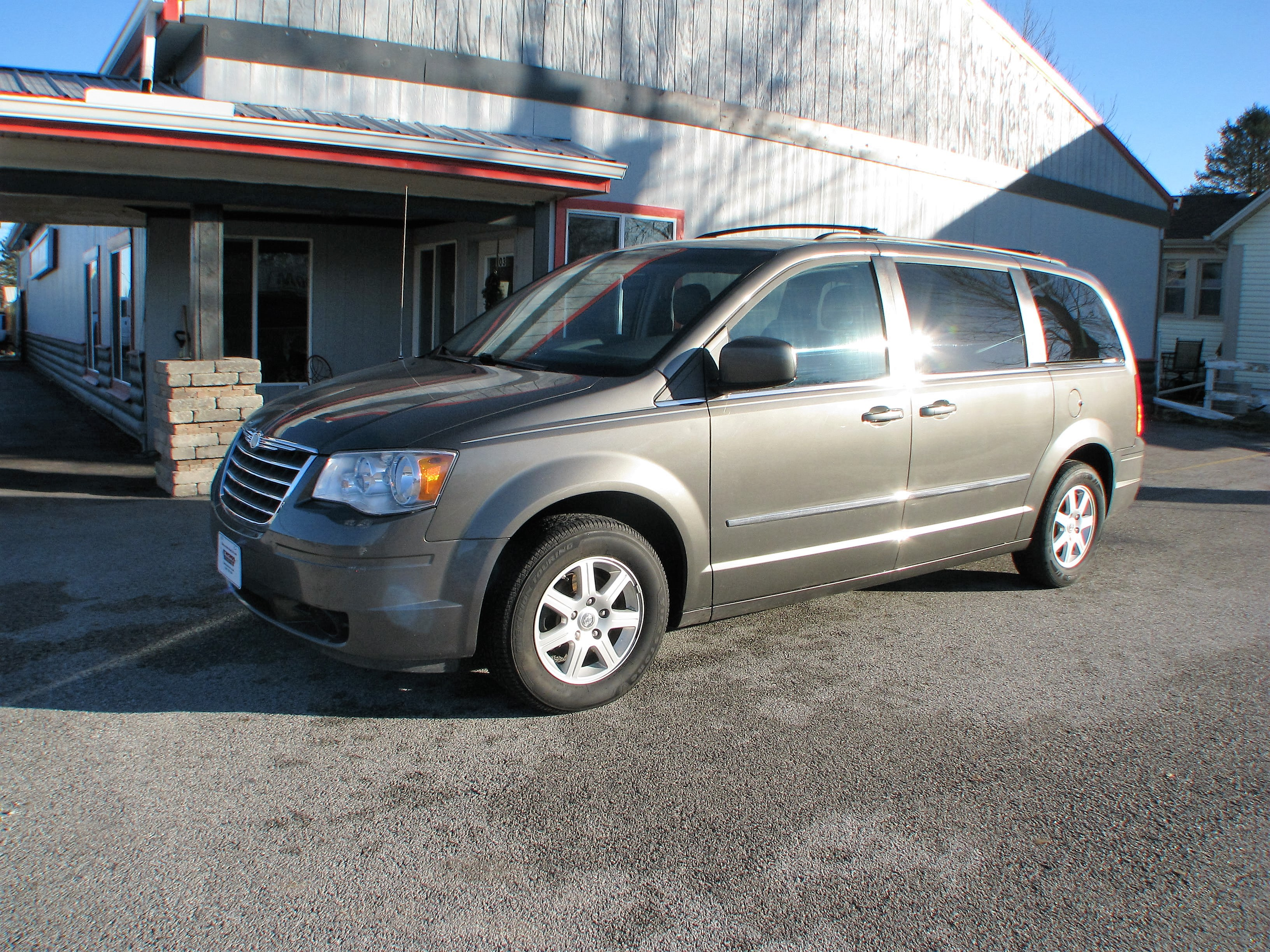 Used CHRYSLER TOWN & COUNTRY TOURING
